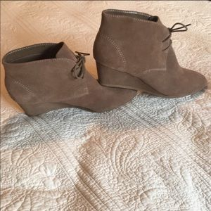 boots-NEVER WORN